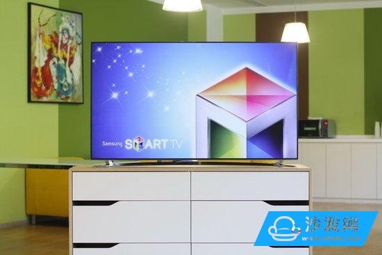 三星UA55F8000让用户可以体验到跨屏互联与面部识别的智能化